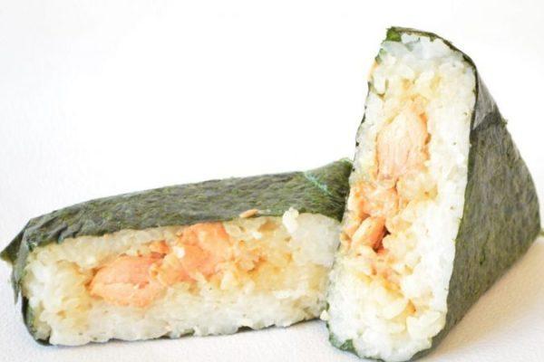 Onigiri au saumon sauce teriyaki