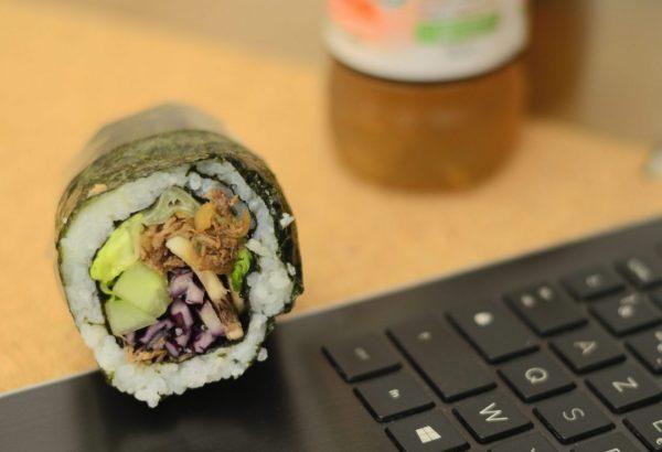 Déjeuner sur le pouce Sushi Burrito Effiloche De Bœuf Marine